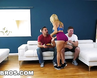 Bangbros - large meatballs milf alexis fawx squirts all over a giant shlong