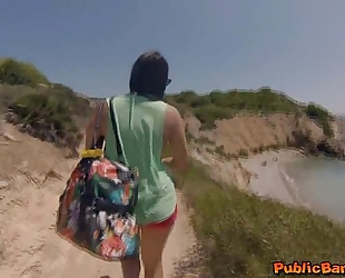Hot sweetheart valentina nappi drilled on beach in public!