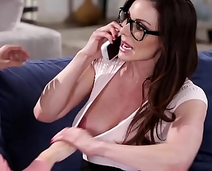 Busty mamma kendra longing and kimmy granger - groupsexhub.com