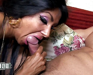 Ivannah (french milf) - two weenie for a unshaved slit