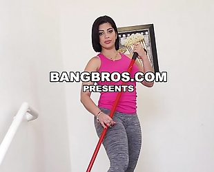 I've got kitty caprice and aaliyah hadid on my large dong (mda15755)