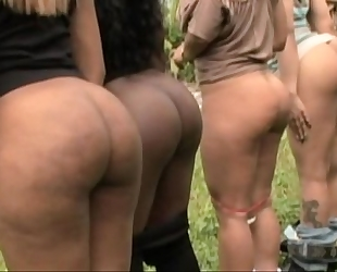 Big nifty butts - pinky,jasmin,sweet sinsacion,raven sky and xena