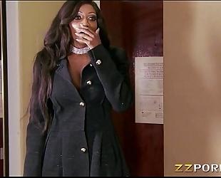 Ebony milf diamond jackson with biggest scoops hard screwed