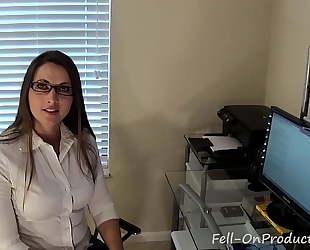 Madisin lee in i've been thinking about u. virtual sex. milf mommy bonks son