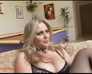 Blacksruinblondes.com blonde mamma milf cogar muff ruined by monster dark 10-Pounder