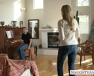 Milf in hawt jeans julia ann receives nailed