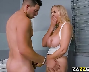 Tony martinez screwing julia ann doggy