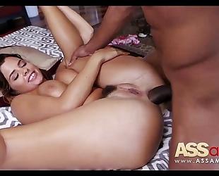 Keisha grey tries anal with chubby wang