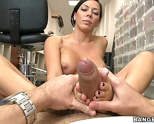 Rachel starr and her glamorous little feet will turn u on! (fj9230)