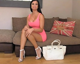Fakeagentuk delightful body with fantastic bumpers can't turn down the specie