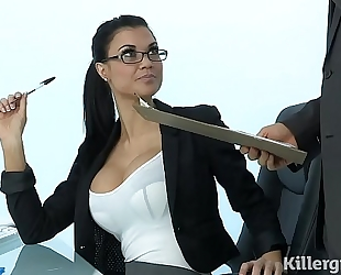 Sexy milf jasmine jae plays the office whore addicted to hard 10-Pounder