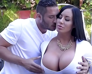 Porn outdoor with marvelous curvy slutty wife and her juvenile neighbour