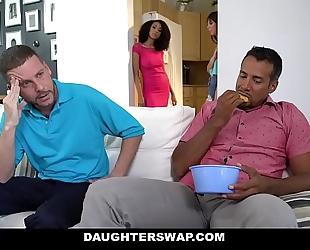 Daughterswaps - legal age teenager bonks mature dad