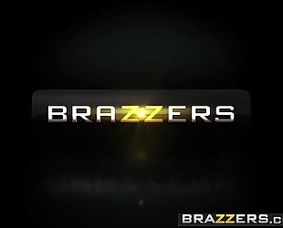 Brazzers.com - sexy and mean - )demi lopez, gia paige) - thats my boyfriend wench