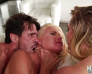 Bootylicious women anikka albrite and aj applegate in hardcore 3some sex