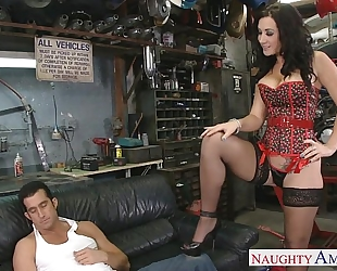 Busty brunette hair jayden jaymes engulf a huge wang
