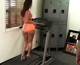 Wankz- gym rat creeps asstastic playgirl kelsi monroe