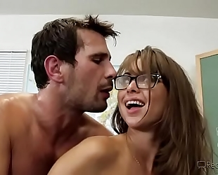 Busty teacher riley reid acquires drilled in classroom -mobilecams.cf